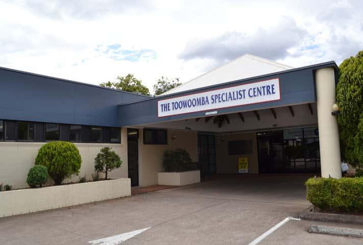 7/7 Scott Street East Toowoomba QLD 4350 - Image 1