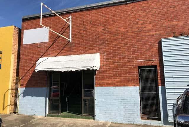1/14 Albert Lane Taree NSW 2430 - Image 1