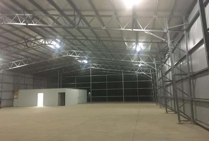 17 Enterprise Street Bundaberg West QLD 4670 - Image 1
