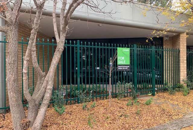 Deakin Professional Centre, Unit  4, 46 Geils Court Deakin ACT 2600 - Image 1