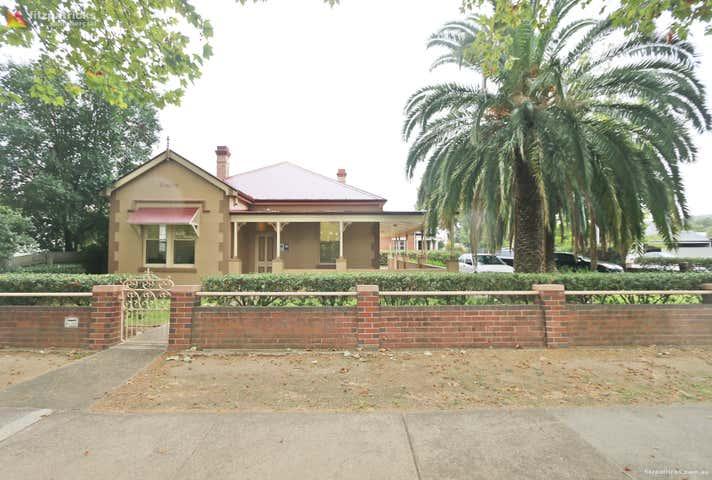 49 Best Street Wagga Wagga NSW 2650 - Image 1