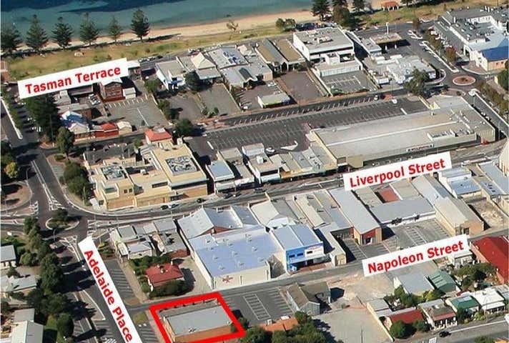 21 Adelaide Place Port Lincoln SA 5606 - Image 1