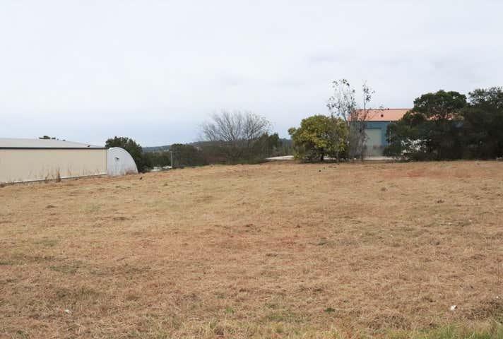 3 Civil Court Harlaxton QLD 4350 - Image 1