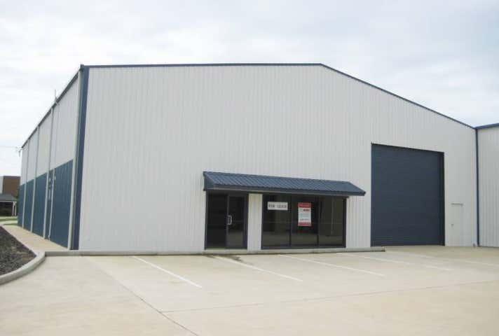2/303 Copland Street Wagga Wagga NSW 2650 - Image 1
