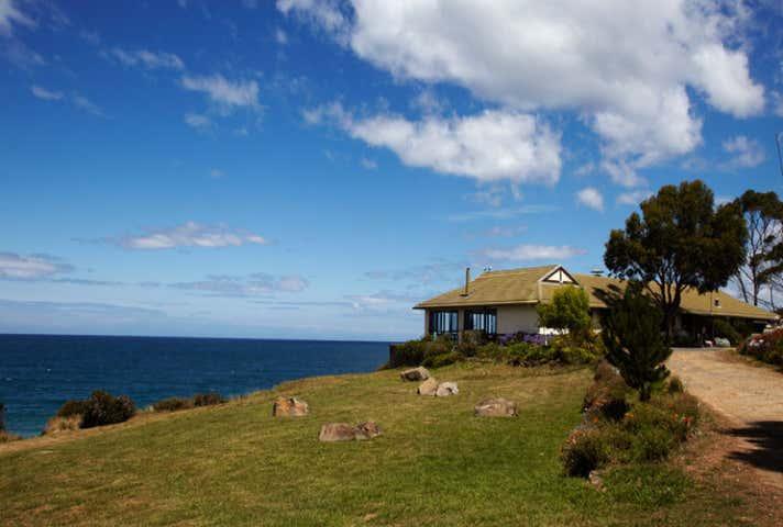 12164 Tasman Highway 'Kabuki by the Sea' Swansea TAS 7190 - Image 1