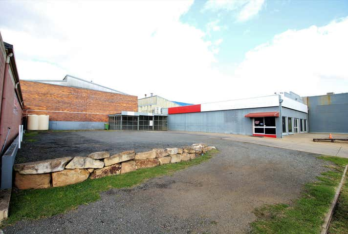48-50 Water Street South Toowoomba QLD 4350 - Image 1