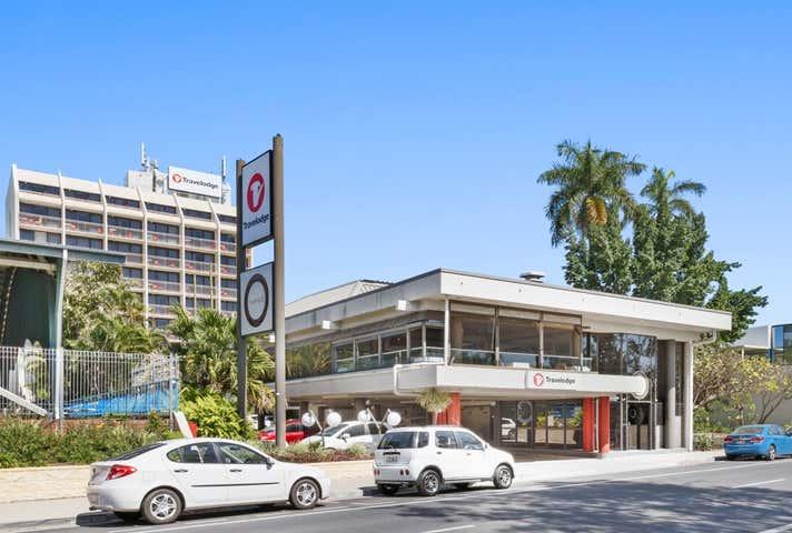 86 Victoria Pde, Riverside Restaurant Rockhampton City QLD 4700 - Image 1
