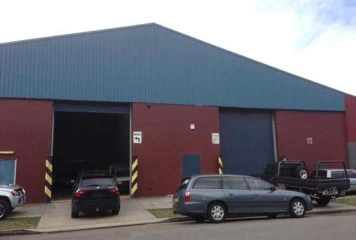 2/71 Throsby Street Wickham NSW 2293 - Image 1