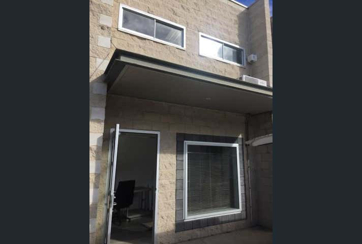Unit  3, 86 Sheppard Street Hume ACT 2620 - Image 1