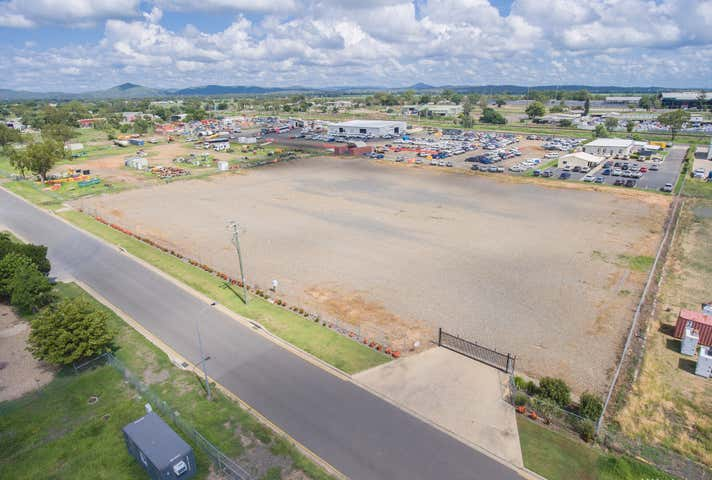 153 Foster Street Gracemere QLD 4702 - Image 1