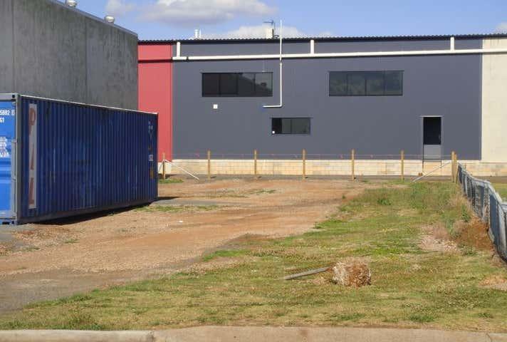 4 Rutledge Street South Toowoomba QLD 4350 - Image 1