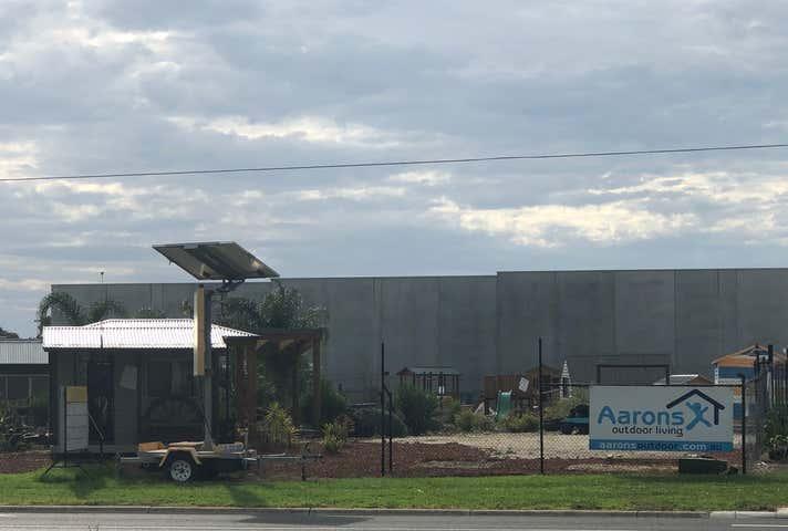 Rent solar panels at 93 Canterbury Road Kilsyth, VIC 3137