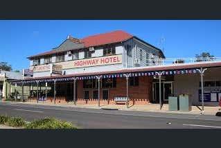 Highway Hotel Gin Gin , 73  MULGRAVE STREET, Gin Gin, Qld 4671