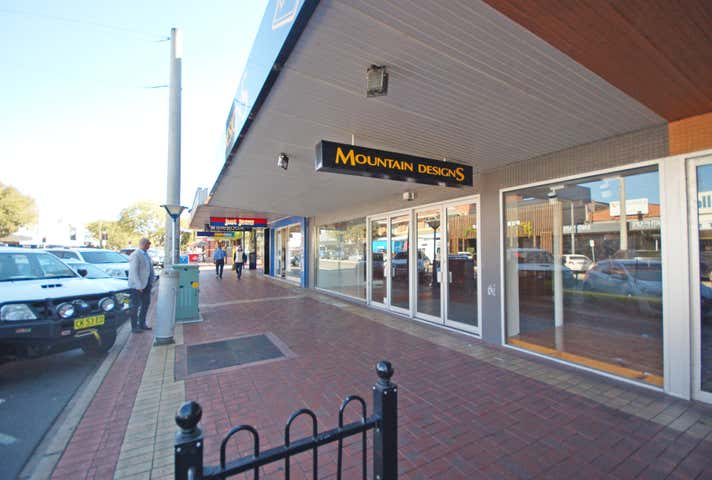 490 Dean Street Albury NSW 2640 - Image 1