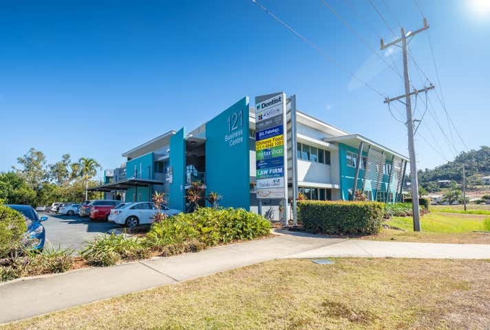 12/121 Shute Harbour Road Cannonvale QLD 4802 - Image 1