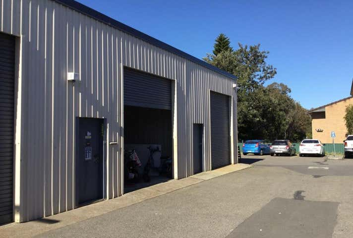 (Units 12 & 12a)/56 Medcalf Street Warners Bay NSW 2282 - Image 1