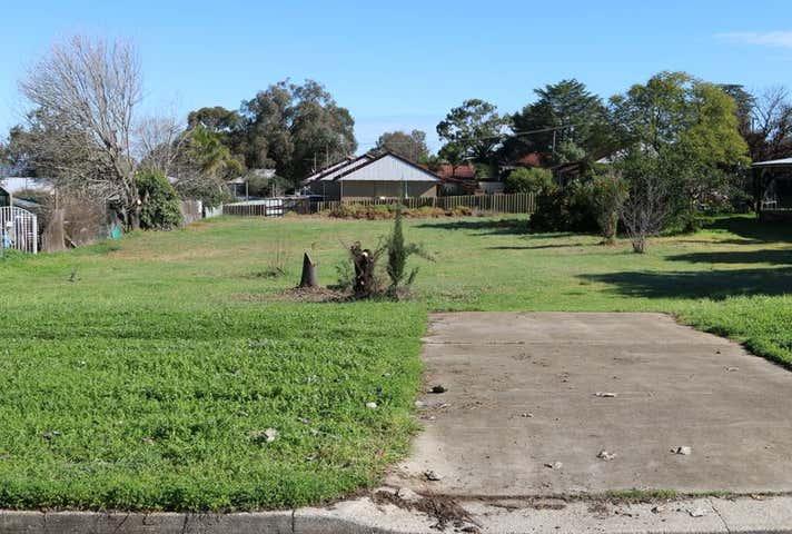 92 Redfern Street Cowra NSW 2794 - Image 1
