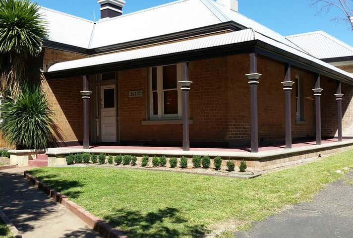 261 Lords Pl Orange NSW 2800 - Image 1