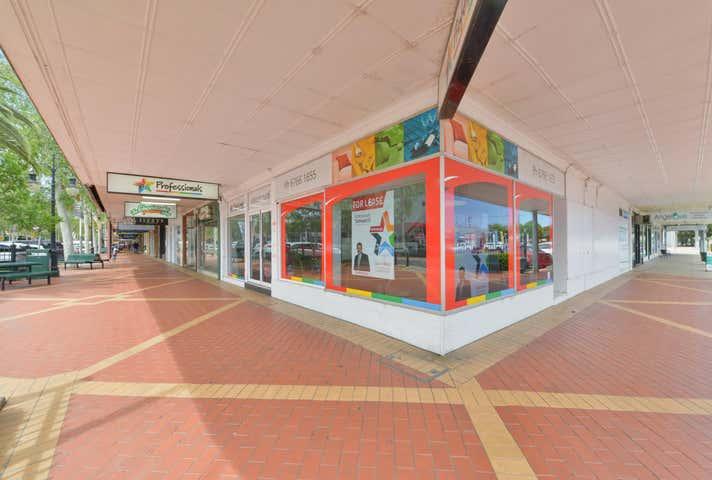 1&2, 1&2 / 239 Peel Street Tamworth NSW 2340 - Image 1