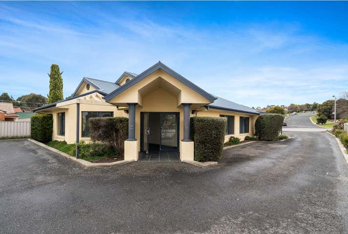 95 Southern View Drive West Albury NSW 2640 - Image 1