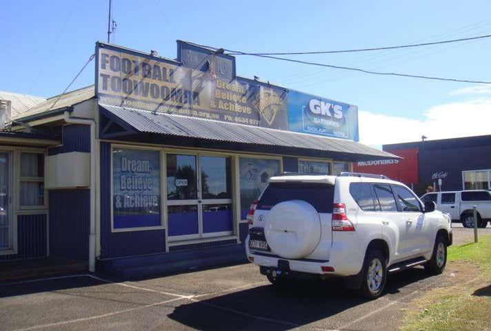 2/143 Anzac Avenue Harristown QLD 4350 - Image 1