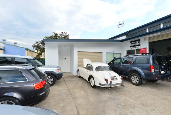 Unit 4/14 Project Avenue Noosaville QLD 4566 - Image 1