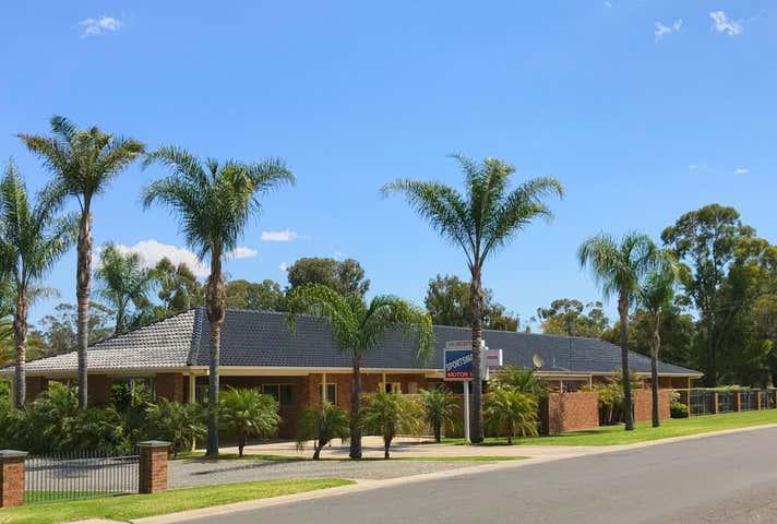 Premier Murray River Town Motel - Image 1