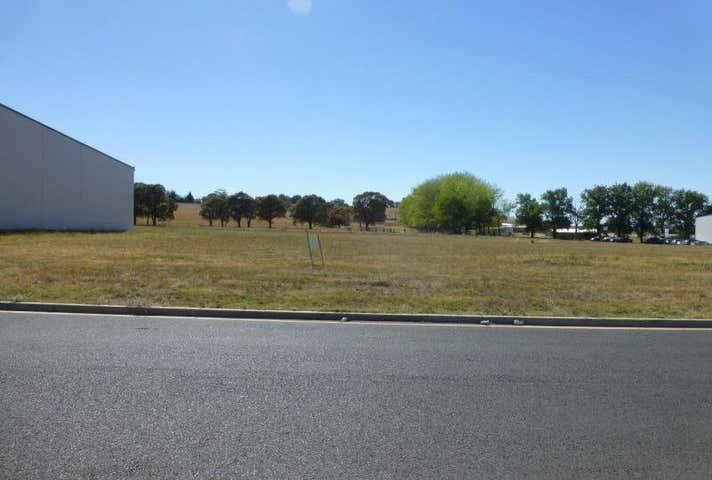 3 Gateway Crescent, Orange, NSW 2800