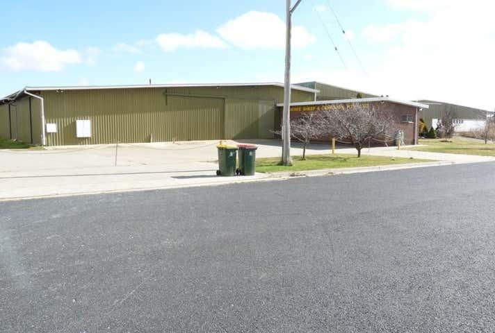 17 Tollbar Street Blayney NSW 2799 - Image 1