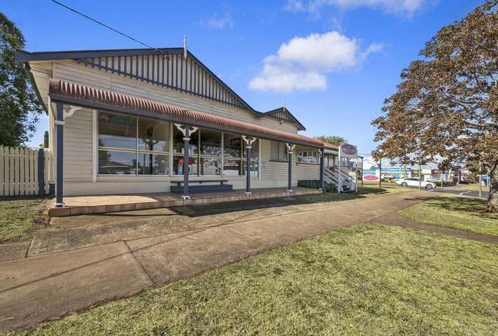 2/417 Bridge Street Wilsonton QLD 4350 - Image 1