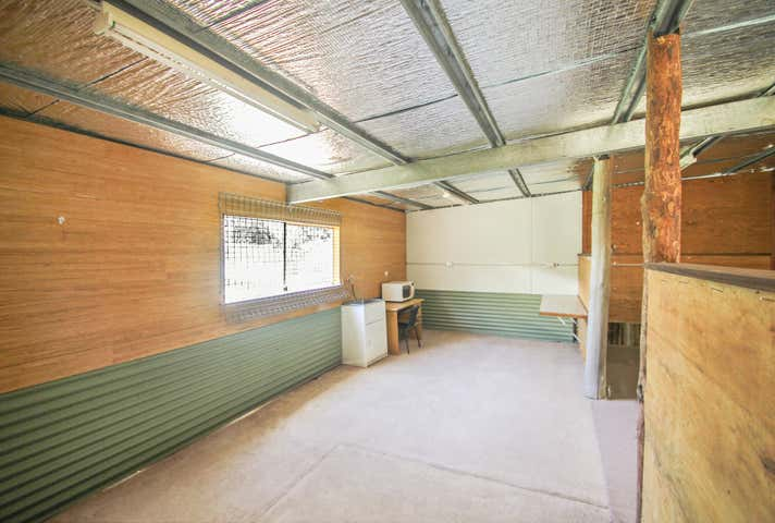 Unit 4, 23-25 Factory Street Pomona QLD 4568 - Image 1