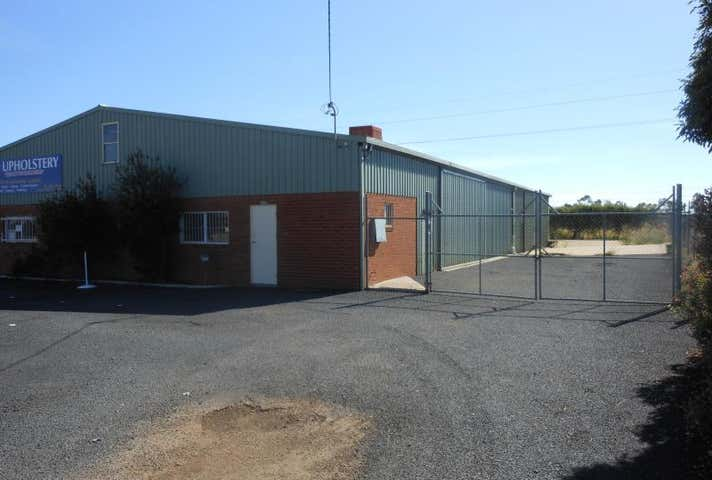 2/82 Mountbatten Drive Dubbo NSW 2830 - Image 1