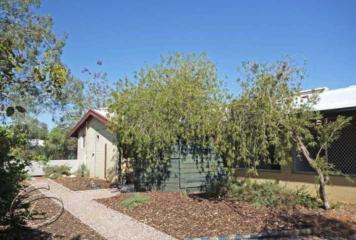 18 Warburton Street Alice Springs NT 0870 - Image 1