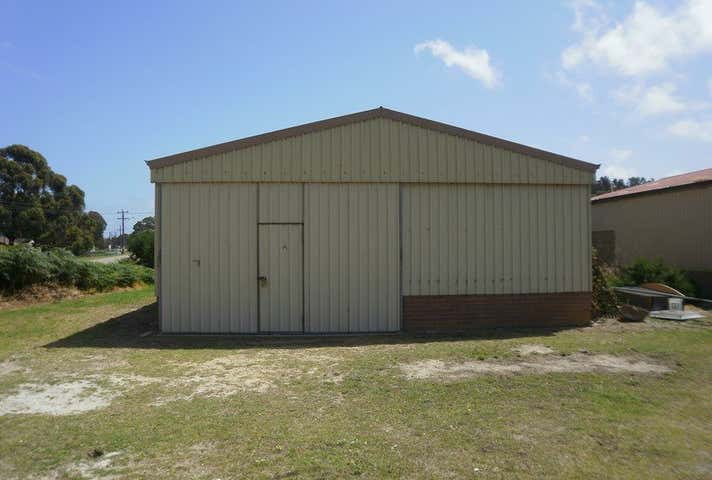 15A Wool Stores Place Mount Elphinstone WA 6330 - Image 1