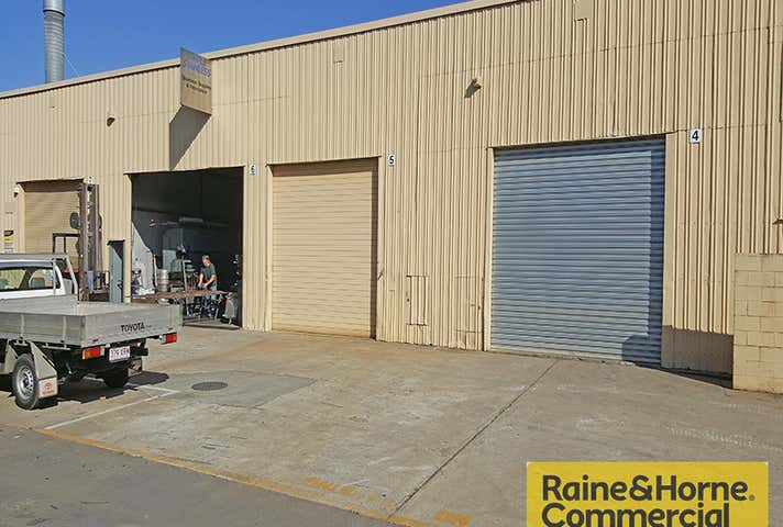2-7/29-33 Timms Road Everton Hills QLD 4053 - Image 1