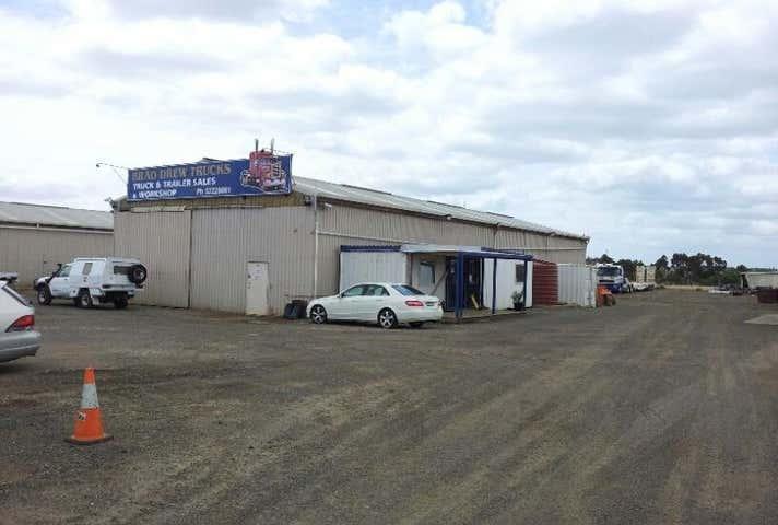 2/115 Degoldis Road Fyansford VIC 3221 - Image 1