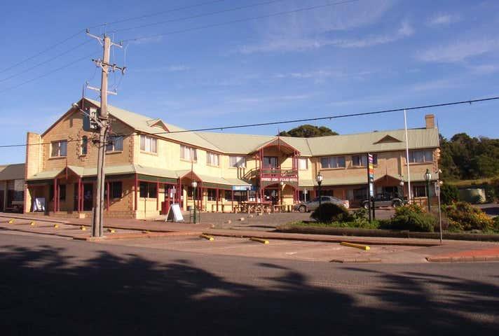 Parers King Island Hotel, 7-9 Main Street Currie TAS 7256 - Image 1
