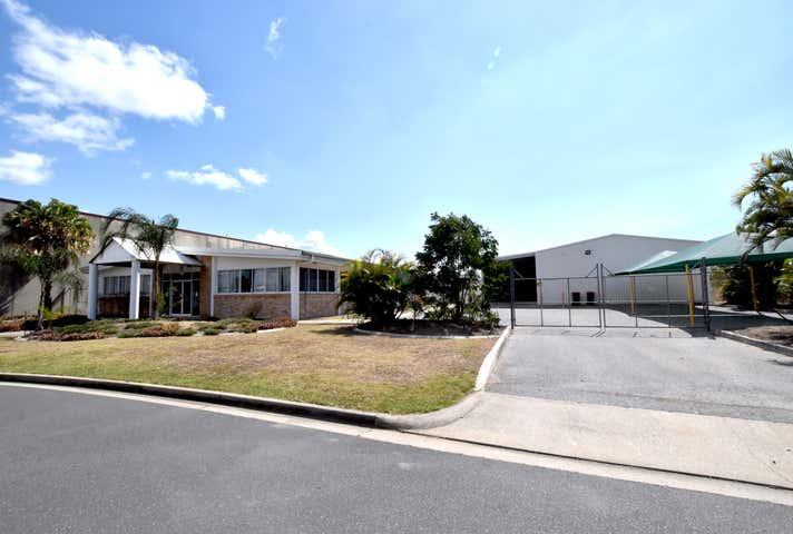 9 Hilliard Street Gladstone Central QLD 4680 - Image 1