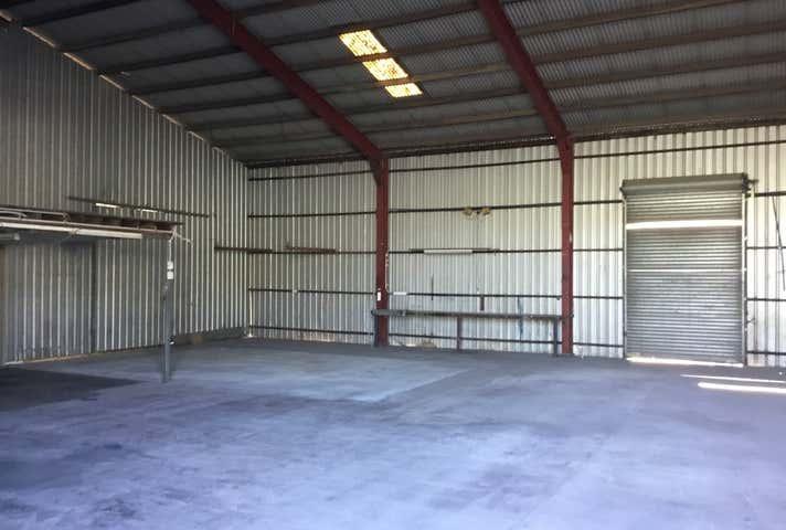 4/32 Wyllie Street Thabeban QLD 4670 - Image 1