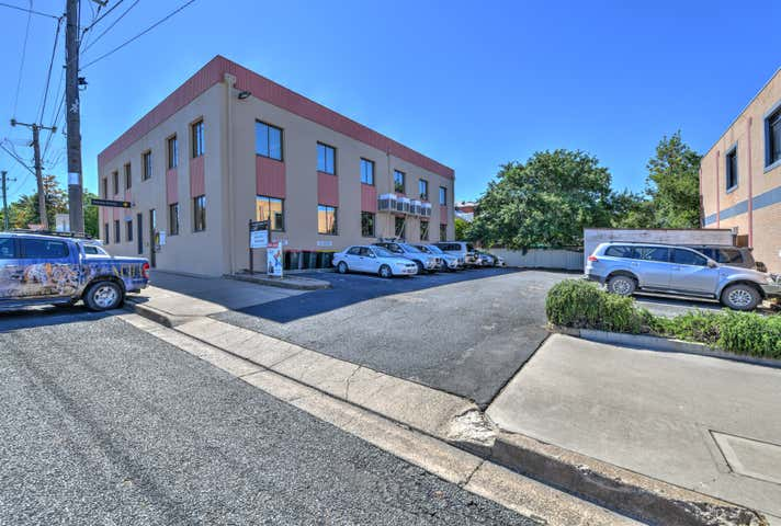 Suite 1 137 Marius Street Tamworth NSW 2340 - Image 1