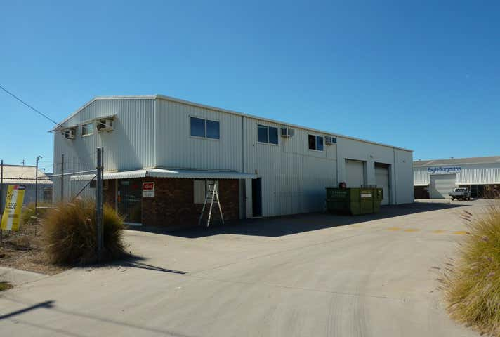 Units 1 and 2, 3 Kingdon Street Gladstone Central QLD 4680 - Image 1
