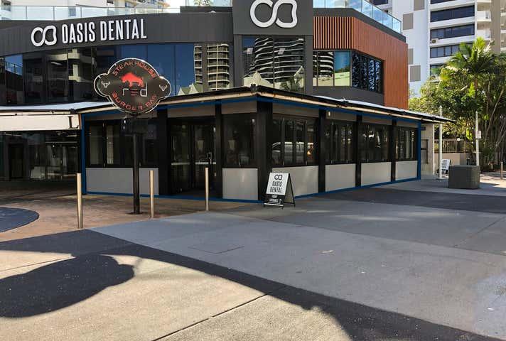 18/15 Victoria Avenue Broadbeach QLD 4218 - Image 1
