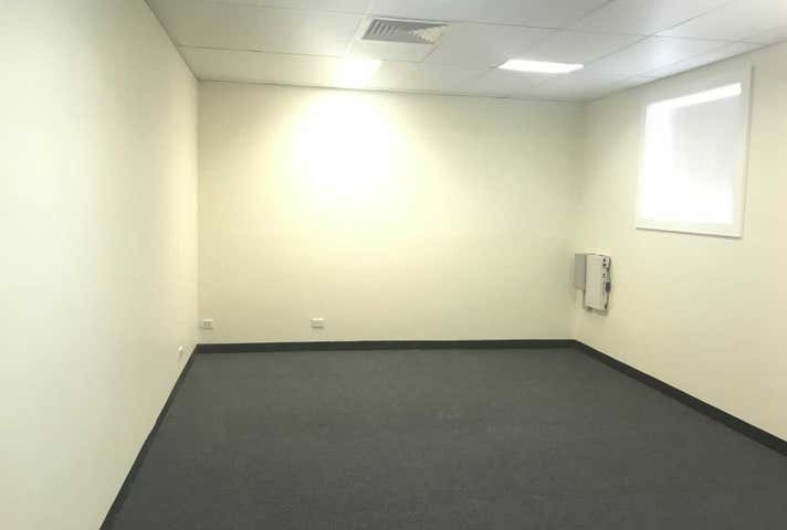 Unit 4A, 39 Grimwade Street Mitchell ACT 2911 - Image 1