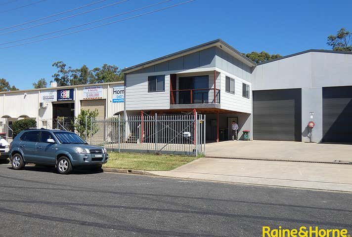 (L) Unit 2, 16 Janola Circuit Port Macquarie NSW 2444 - Image 1