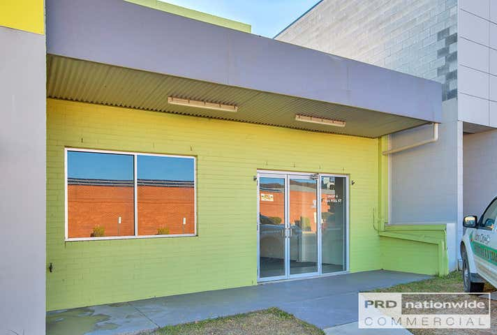 4/164 Peel Street Tamworth NSW 2340 - Image 1
