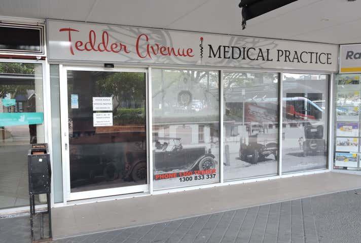 Shop 2, 30 Peak Avenue Main Beach QLD 4217 - Image 1