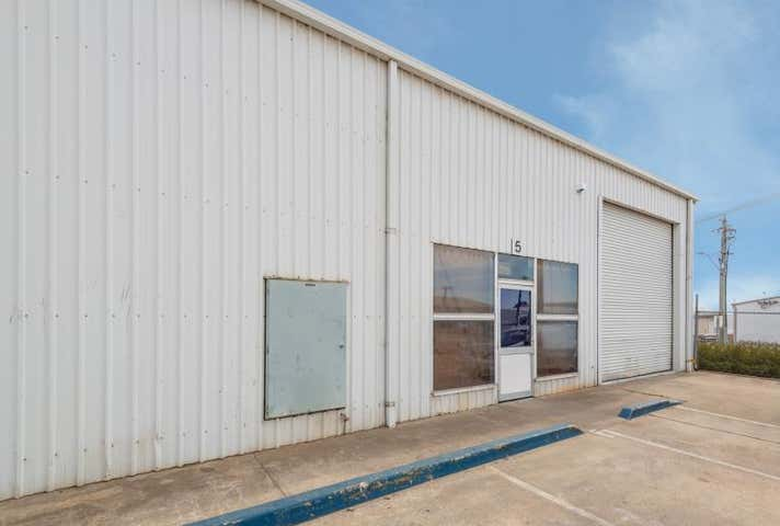 Unit 5, 6 Sleigh Place Hume ACT 2620 - Image 1