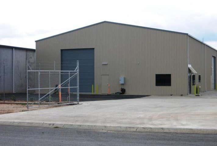 2 Dwyer Court Chinchilla QLD 4413 - Image 1