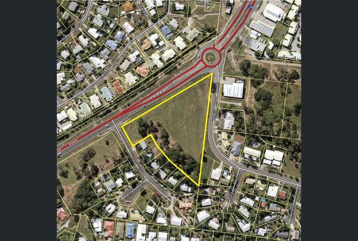 82 Shute Harbour Road Cannonvale QLD 4802 - Image 1