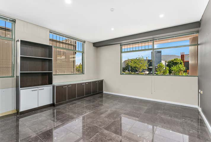 1/51 Montague Street North Wollongong NSW 2500 - Image 1